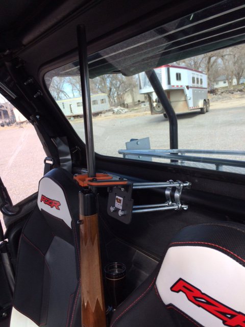 2006 club car gun rack mounted