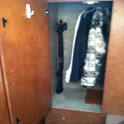 closet gun 1 1